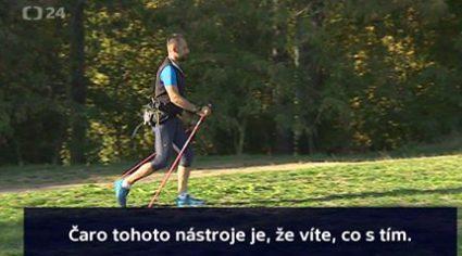 Miroslav mira představuje nordic walking pro Českou televizi.