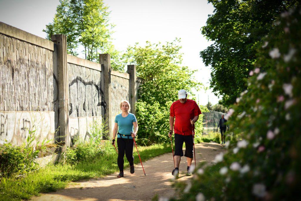 nordic_walking_trenink_lenka_cesta_z mesta _Brno